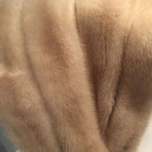 Vintage Jackets & Coats - Vintage Cream Mink Fur Wrap